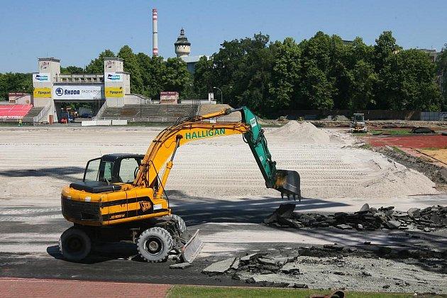 Rekonstrukce fotbalového stadionu ve Štruncových sadech