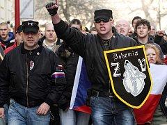 Pochod pravicových radikálů.