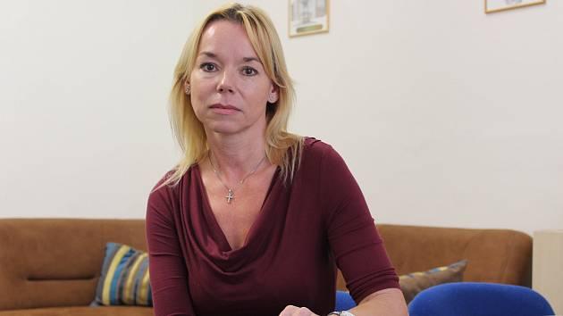 Pacientka i terapeutka Ilona Fenclová pomáhá v plzeňském Mamma Help centru ženám s rakovinou prsu.
