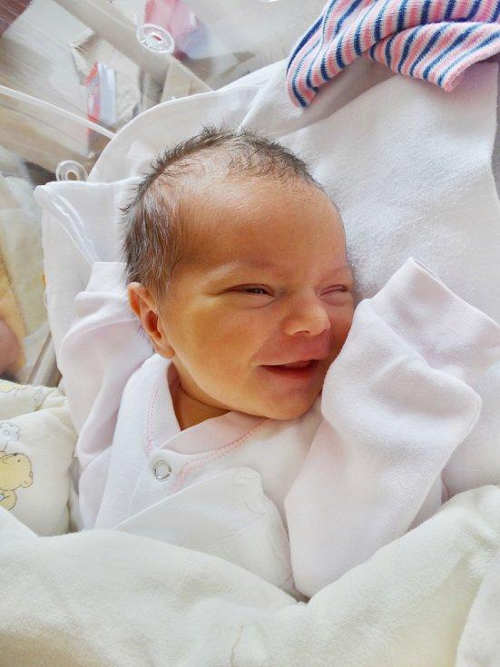 Anežka Nejdlová se narodila 24. května v16:29 mamince Barboře a tatínkovi Radkovi zPlzně. Po příchodu na svět vplzeňské FN vážila sestřička skoro tříletého Matyáška 3200 gramů a měřila 52 centimetrů.