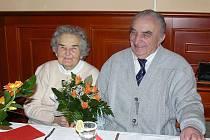 Marie a Miloslav Říhovi z Vejprnic. Brali se 31. 1. 1948.