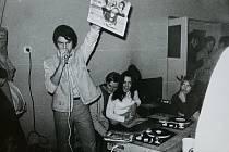 Zdeněk Raboch na archivním snímku při jedné z první diskoték Oldies but Goldies