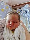 Eliška Novotná se narodila 10. března v16:22 mamince Andree a tatínkovi Lukášovi zDobříva. Po příchodu na svět vplzeňské FN vážila sestřička čtyřleté Agátky 3660 gramů a měřila 52 centimetrů.