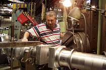 Obáběči kovů jsou jedni z nejžádanějších pracovníků na trhu práce v Plzni. Budou ale i nadále. Je jich málo. Trh práce v Plzni je hlavně u odborných řemeslnických oborů vyčerpán.