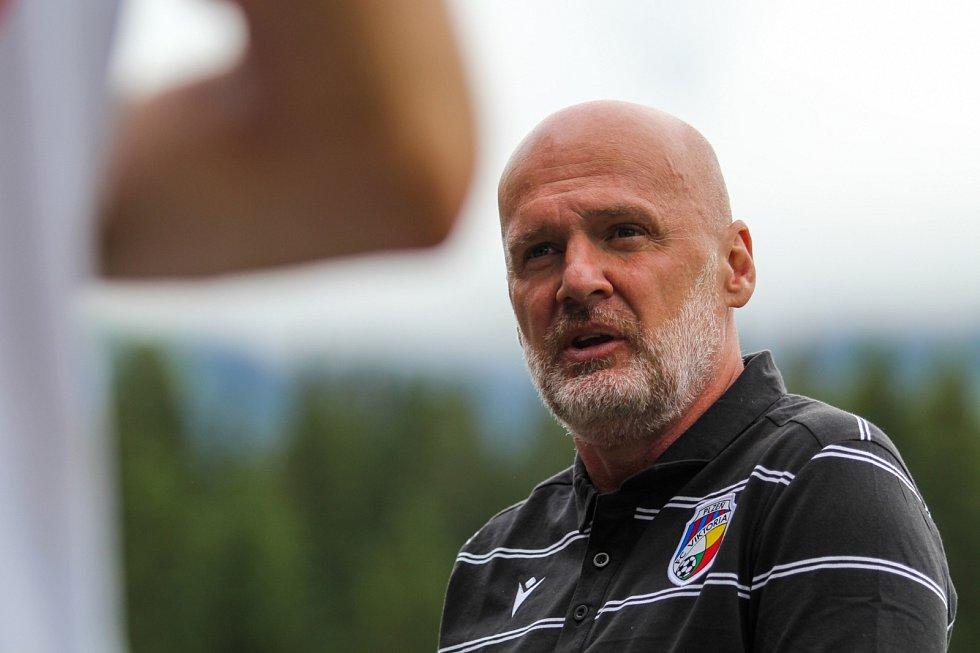 Trenér Michal Bílek v přípravném utkání s ruskou Ufou na rakouském soustředění.