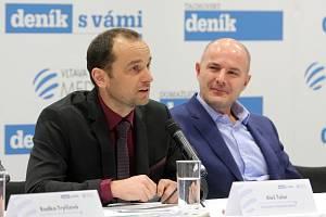 Śéfredaktor Plzeňského deníku Aleš Tolar (vlevo) a hejtman Plzeňského kraje Josef Bernard