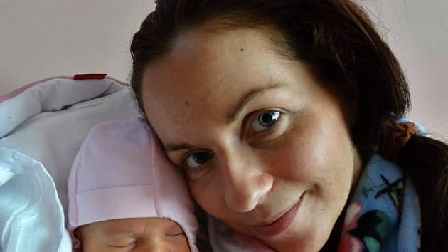 Vaneska Suchá z Plzně se narodila mamince Šárce a tatínkovi Martinovi 6. února v 11:11. Po příchodu na svět vážila prvorozená dcerka 3250 gramů a měřila 49 centimetrů.