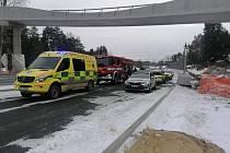 Pod bruslařem se prolomil led, na břeh ho dostali až hasiči