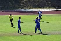 Fotbalisté domažlického béčka (na snímku) uhráli ve středeční dohrávce prvního kola krajského přeboru v Nepomuku pouze bod.