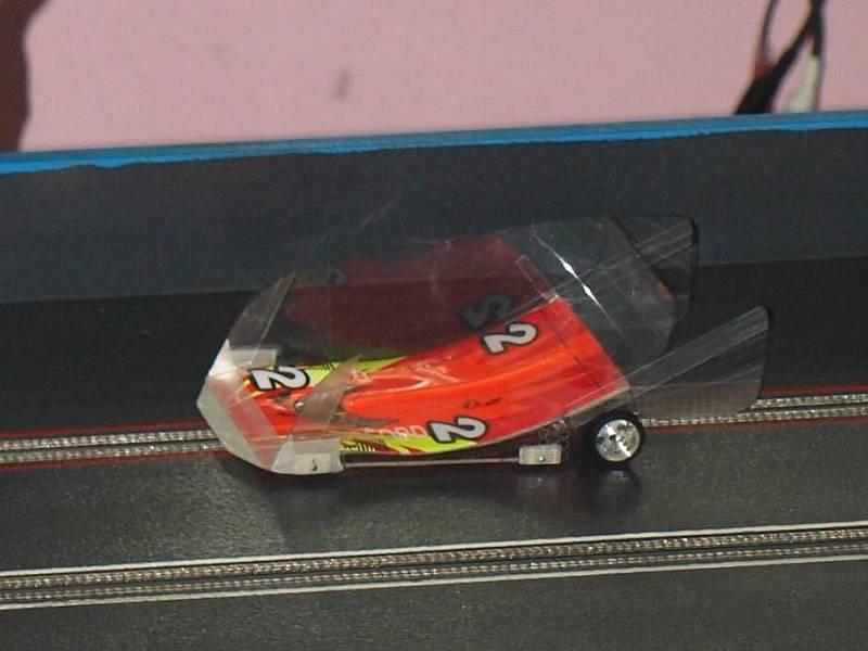 Detail závodního autíčka
