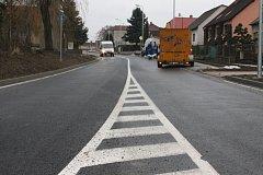Dobřanská ulice v Chlumčanech po rekonstrukci