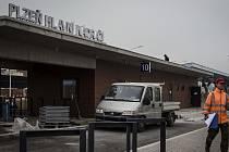 Šumavská- stavba autobusového terminálu 2018, přestupní uzel, Plzeň- Hlavní nádraží.
