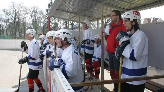 Dobřany poprvé v historii postoupily mezi českou hokejbalovou elitu.