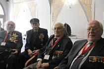 Belgičtí veteráni. Z odboje  došli až do Plzně. Zleva José Schindfessel, Louis Gihoul, Arthur Otto a Michel Gilain