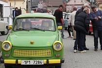 Majitelé Trabantů vyrazili na vyjížďku