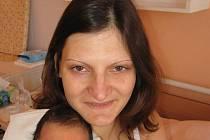 Viktorii a Maximu Byelovovým zPlzně se 24. května jednu hodinu před polednem narodil vMulačově nemocnici prvorozený syn Igor (3,50 kg/51 cm). Na své prvorozené vnouče se moc těší na Ukrajině prarodiče Halina, Věčeslav, Jelena a Valentýn