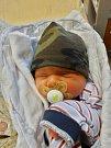 Adam Uzel se narodil 8. ledna ve 20:43 mamince Manuele a tatínkovi Honzovi z Plzně. Po příchodu na svět v plzeňské FN vážil bráška tříleté Emičky 3110 gramů a měřil 49 centimetrů.