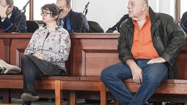Padělatelé historických obrazů před soudem - Lenka Sýkorová a Jiří Kreuzer