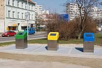 Podívejte se, jak fungují podzemní kontejnery na odpad v jiných městech