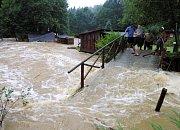 8. srpna 2002, chatová osada Komárů ve Šťáhlavicích