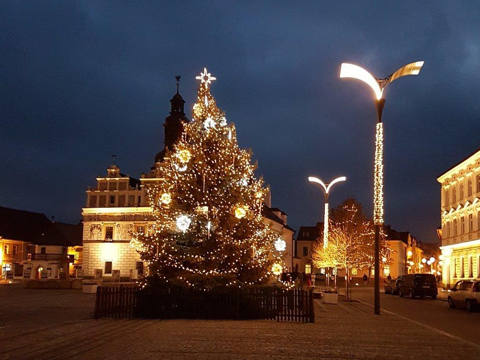 Vánoční strom ve Stříbře na Tachovsku