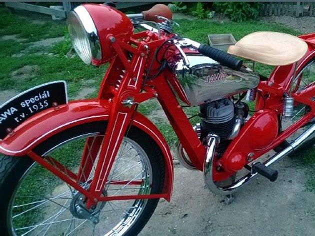 Odcizená motorka Jawa 175 Special.