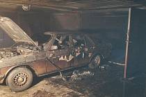 Požár garáže v Plzni.