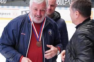 Někdejší excelentní útočník a reprezentant František Černý (na snímku) působí nyní jako trenér mládeže.