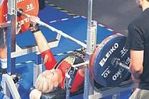 MISTROVSTVÍ EVROPY. Česká závodnice Jana Hrabalová (na snímku) obsadila v kategorii do 72 kg pátou příčku za 125 kg.