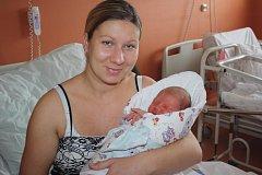 Eliáš Kilberger z Přeštic (3910 gramů, 51 cm) se narodil v klatovské porodnici 13. října v 7:22. Rodiče Veronika a Pavel přivítali očekávaného synka na svět společně. Z brášky má radost i Sofie (1,5)