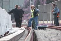 V Plzni-Skvrňanech srazil v pondělí ráno vlak muže. Ten na místě nehody zemřel