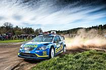 Václava Pecha s vozem Ford Focus WRC  připravily o lepší umístění na Rallye Šumava problémy s poškozeným turbem.