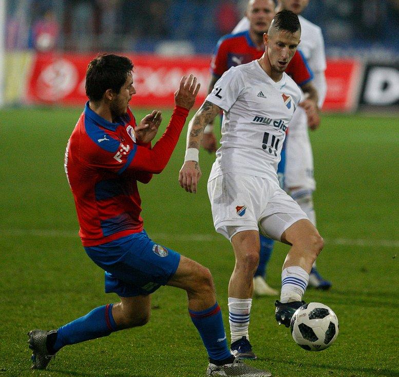 FC Baník Ostrava - FC Viktoria Plzeň. Na snímku vpravo Jiří Fleišman