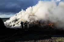 Požár sena ve Lhůtě u Šťáhlav