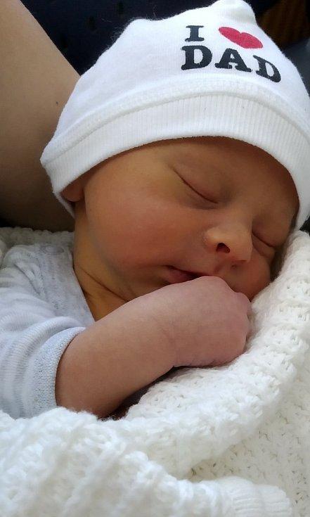 Daniel Čermák z Kamenného Újezdu se narodil 26. června ve 3:38 hodin (3100 g) v plzeňské FN na Lochotíně. Maminka Vendulka a tatínek David Čermák svého prvorozeného syna s láskou očekávali.