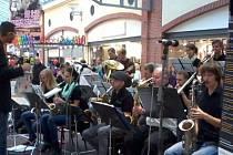 Rokycanský Big Bang zve na odpolední jazzové matiné, které se v neděli koná v OC Olympia