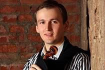 Nikita Boriso Glebsky, houslový virtuos, bude hostem Plzeňské filharmonie příští rok 15. března. Zahraje Prokofjevův Koncert pro housle č. 2.