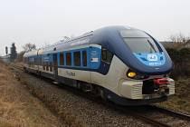 Tragická nehoda v Nýřanech, žena nepřežila srážku s vlakem
