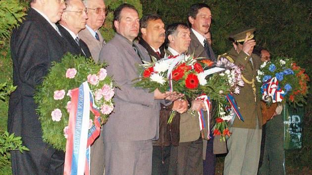 Pietními akty v Tachově a u památníku na Pístově začaly o víkendu oslavy konce druhé světové války na Tachovsku
