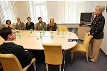 Ředitelé ústavů z Plzeňska byli včera přijati hejtmankou Miladou Emmerovou