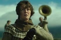 Film Žena na válečné stezce.