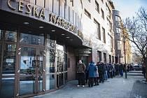 Česká národní banka vydává nové výroční dvacetikoruny.