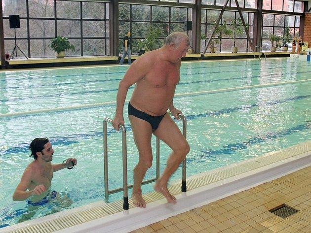 Slavnostní otevření bazénu v Plzni na Lochotíně