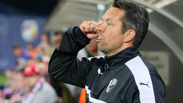 Asistent trenéra Pavel Horváth