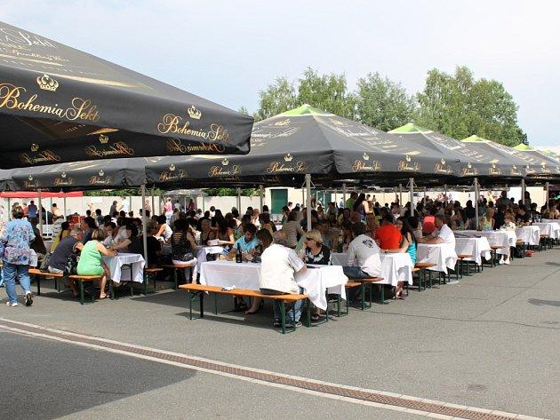 Odpoledne s Bohemia Sektem navštívily stovky návštěvníků.