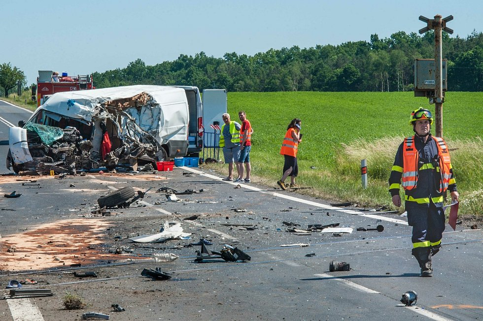 Nehoda na silnici I/26 mezi Zbůchem a Chotěšovem.
