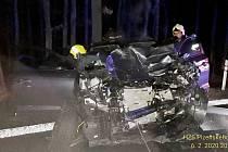 Nehoda kamionu a osobního auta u Plas