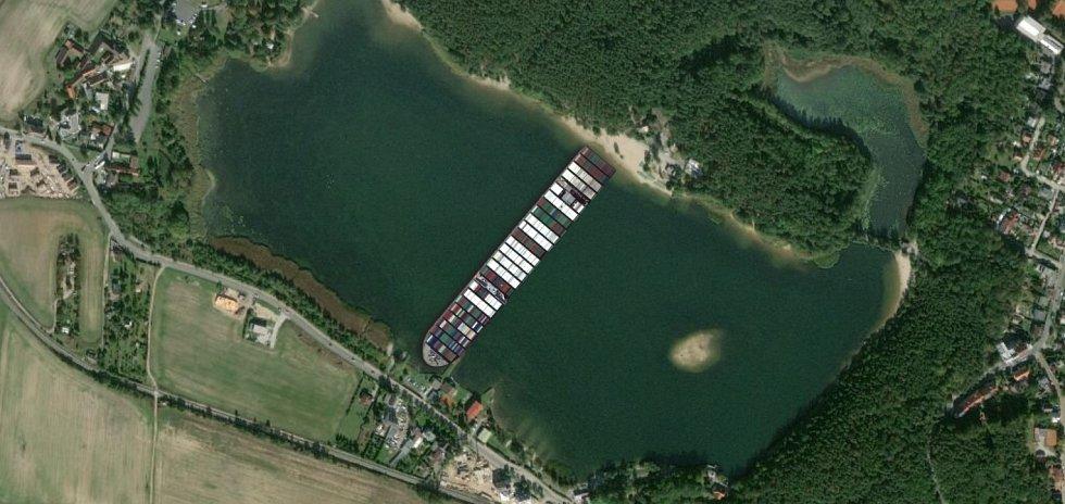 Ever Given na Velkém boleveckém rybníku v Plzni.