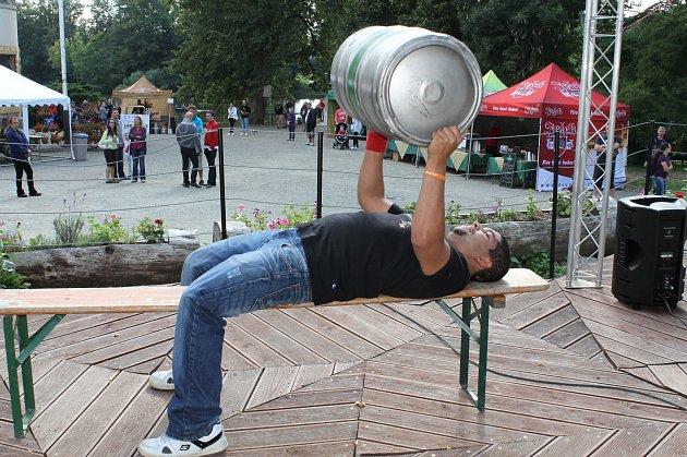 Pivní festival v Žinkovech.