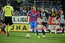 Třístý ligový zápas odehrál Tomáš Hořava v Českých Budějovicích.